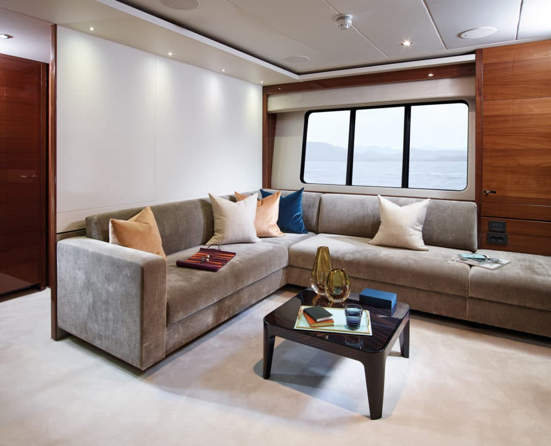 35m_vip_lounge_rt