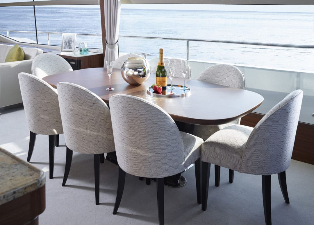 75-motor-yacht-interior-dining-area-american-walnut-satin