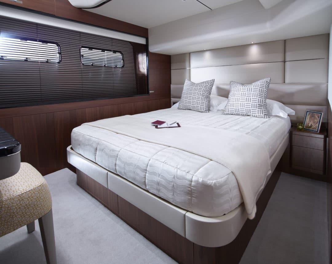 75-motor-yacht-interior-starboard-cabin-american-walnut-satin