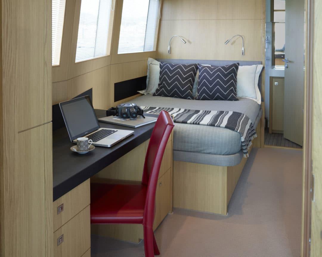 captains-cabin-40m