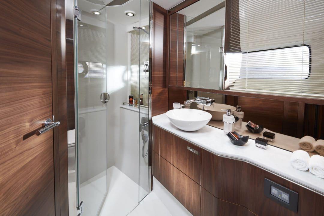 s60-interior-forward-bathroom-american-walnut-satin