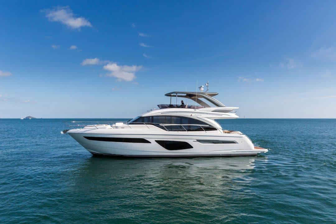 62-exterior-white-hull-7