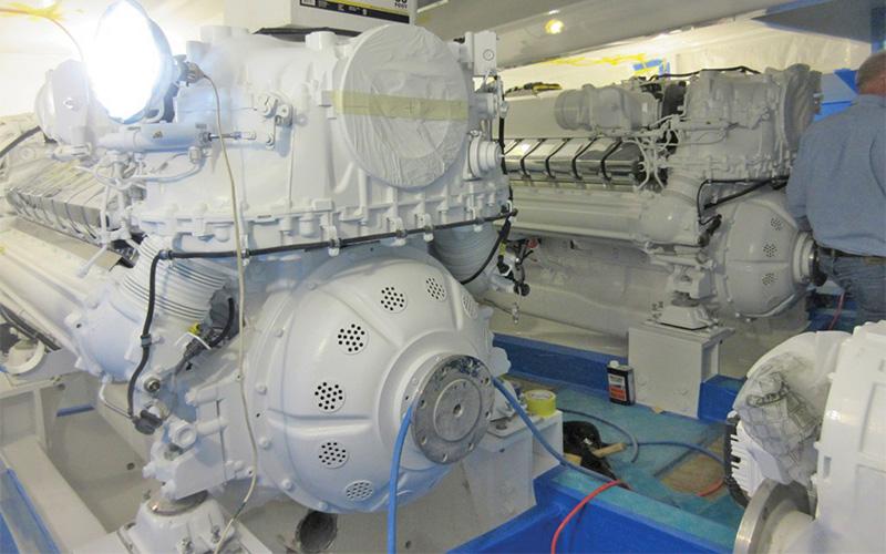Jarrett-Bay-90-Engine-Room