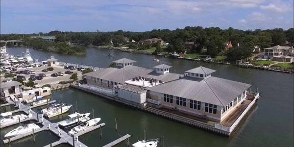 Long-Bay-Pointe-Marina_docks