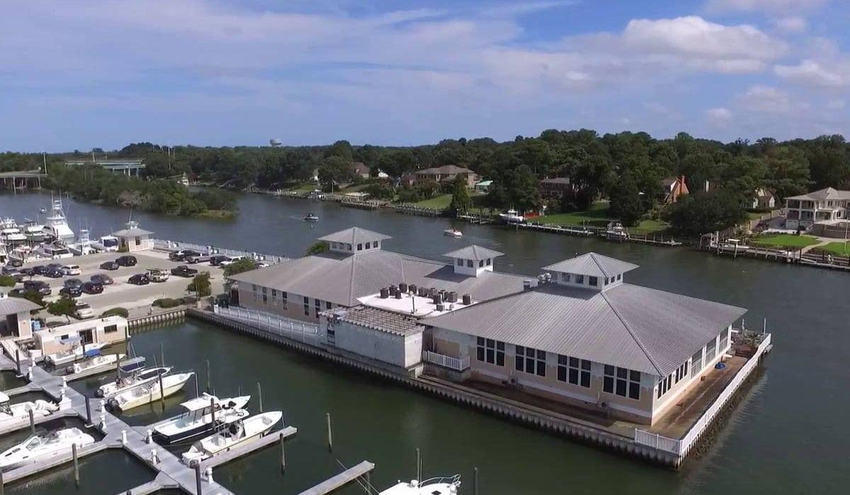 Long-Bay-Pointe-Marina_Pier-House