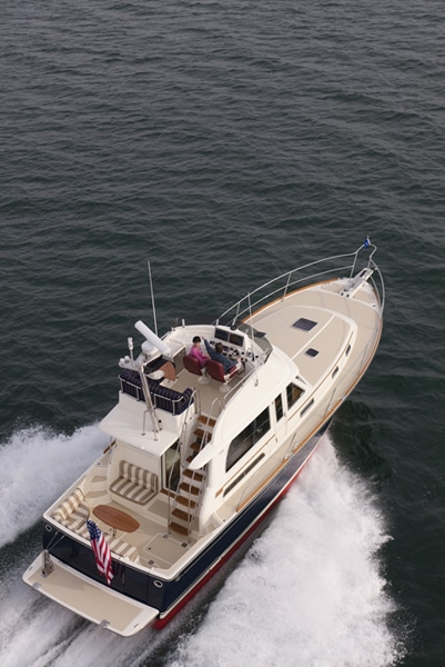 Saberliner 40 Flying Bridge