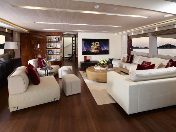 40M_Hull_4_Sky_Lounge