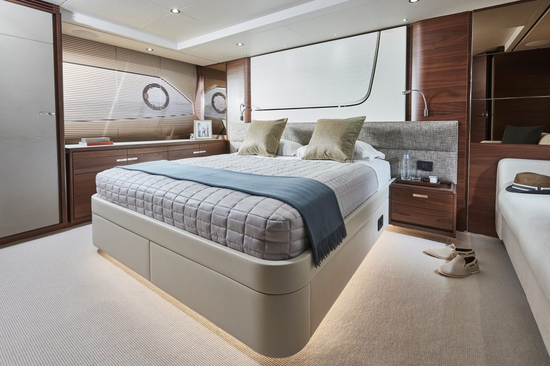 70-interior-owners-stateroom-walnut-satin