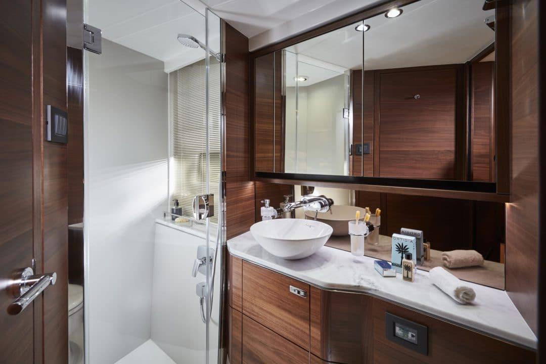 f55-interior-forward-cabin-bathroom