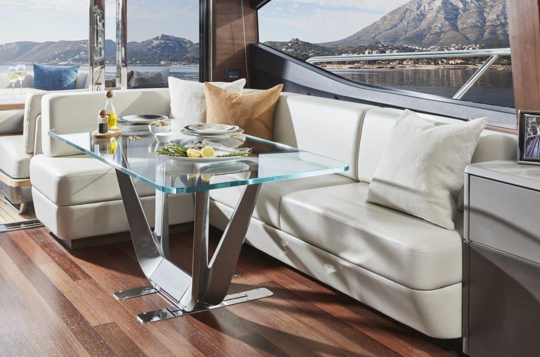 s78-interior-dining-area