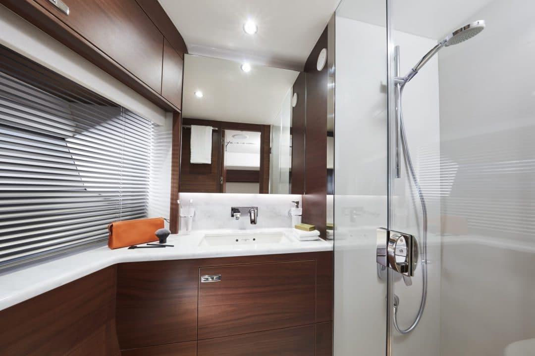 s78-interior-port-bathroom