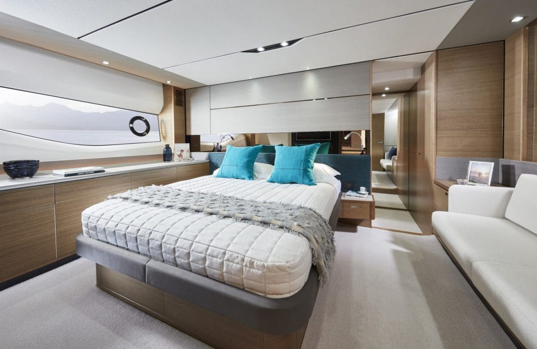 v65-interior-owners-stateroom