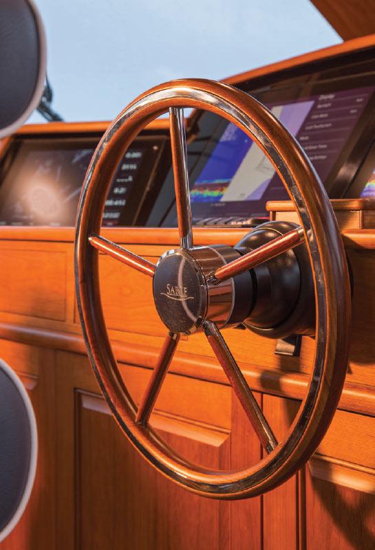 Sabre-66-Ships-Wheel