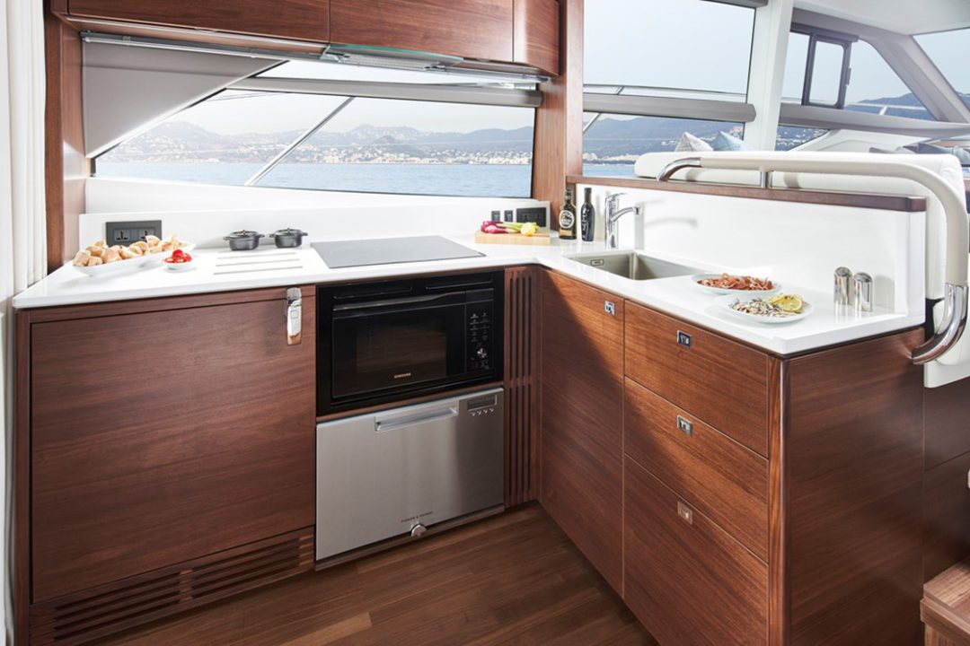 f50-galley-1a-rt