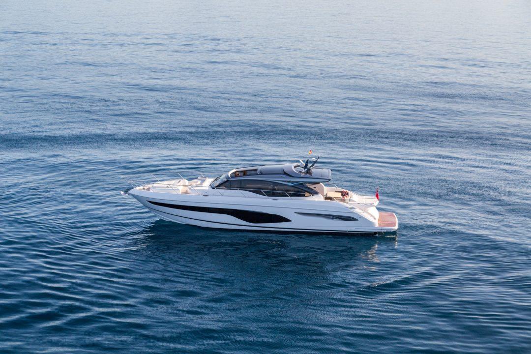 v65-exterior-white-hull-22