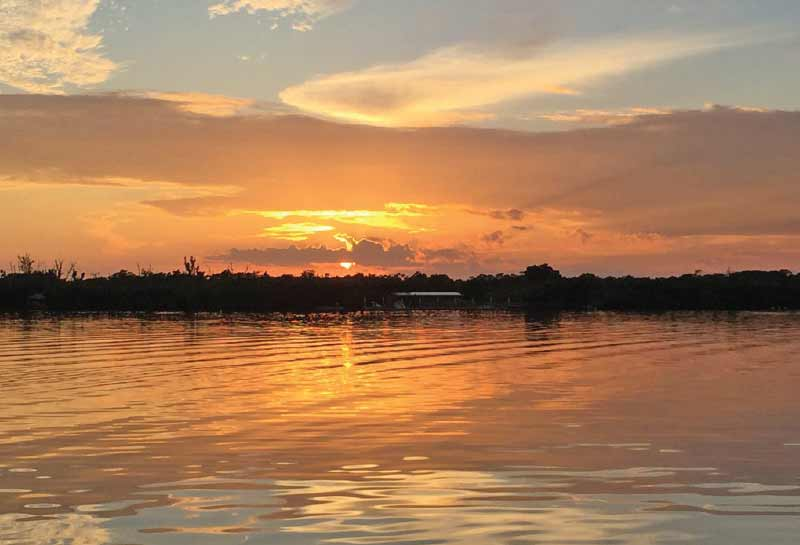 Sunset_On_The_Tennesee_River