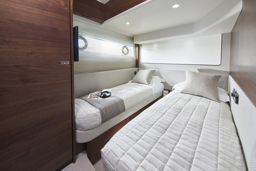 princess-f62-new-starboard-twin-cabin
