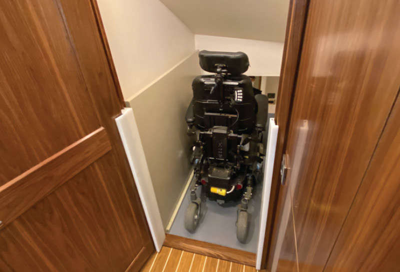 Accommodating_wheelchair_access_in_yacht_companionway