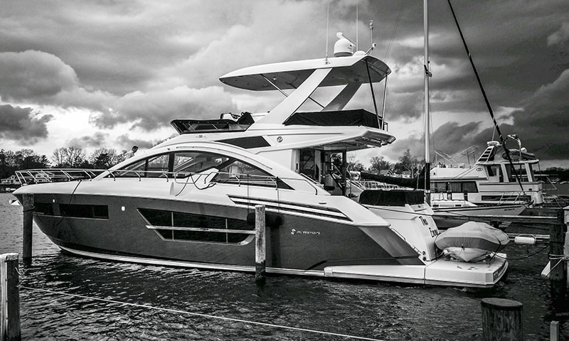 Cruisers 60 Cantius Fly